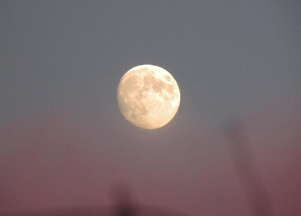 moon at sun set